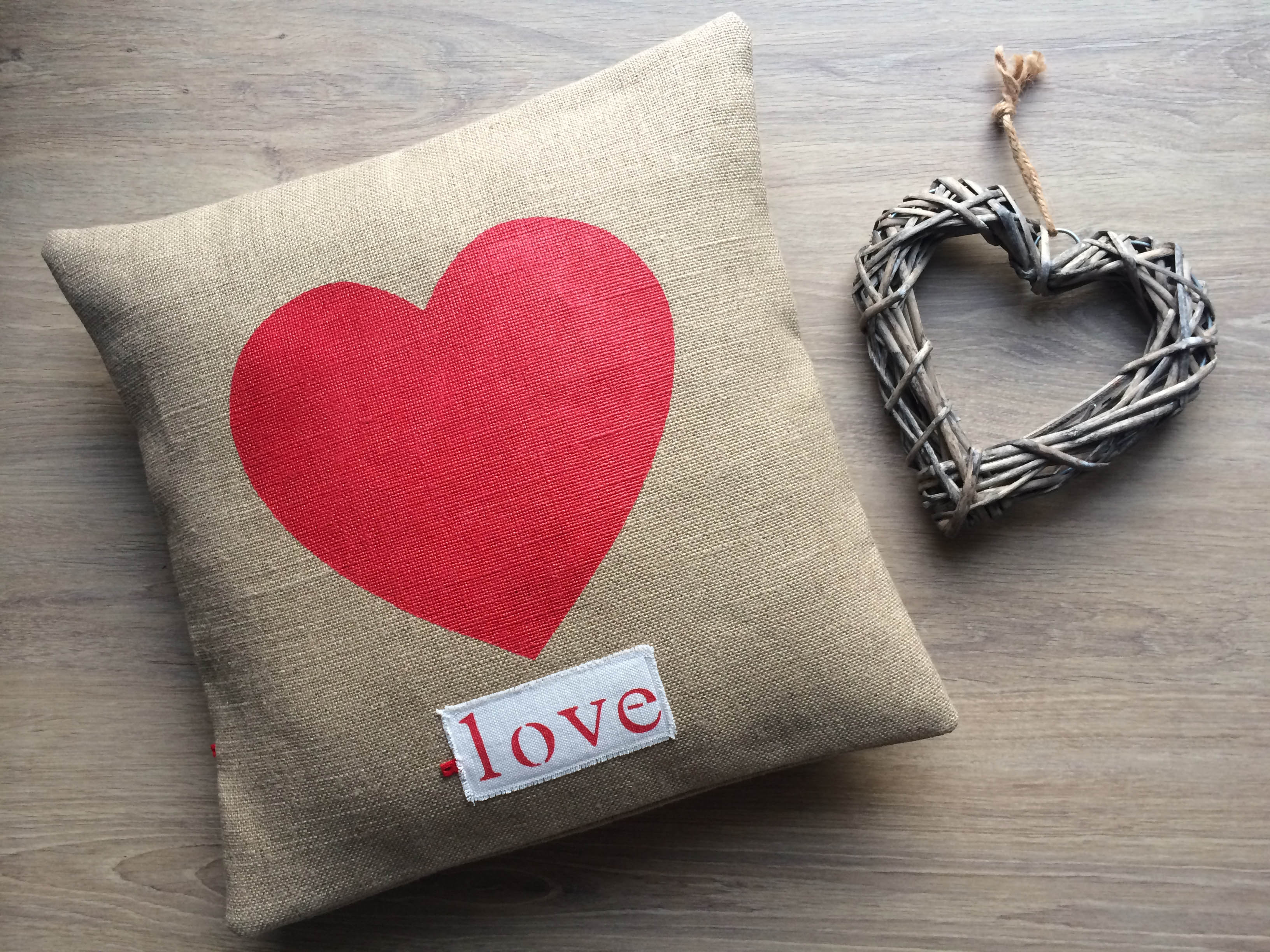 adf-coussin-love